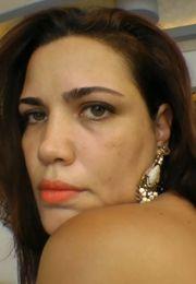 Adriana Bertolli