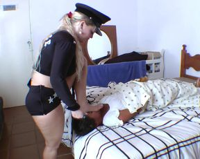 Hot Brazilian PoliceGirl and Mummy